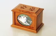 Country Woods  Cremation Urn  Cherry