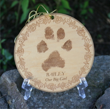 Lasered Keepsake Ornament - Round